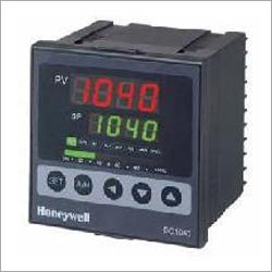 Honeywell PID Controller DC 1040