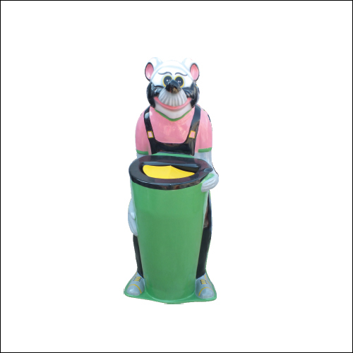 Bear Shaped Dustbin