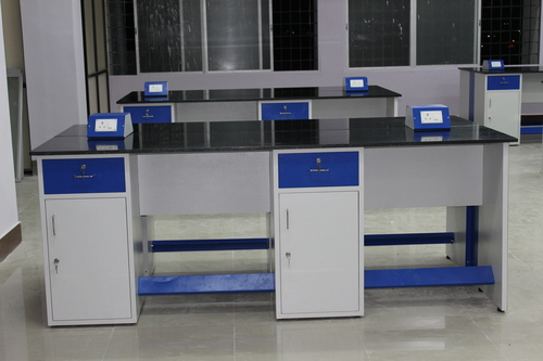 Laboratory Furniture Supplier in Pondicherry