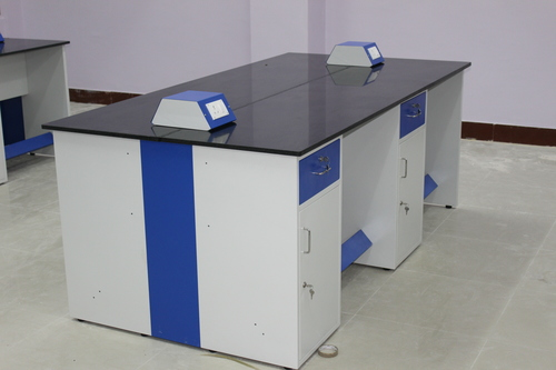 Laboratory Furniture Supplier in Telangana