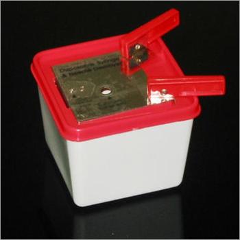 Syringe - Needle Cutter