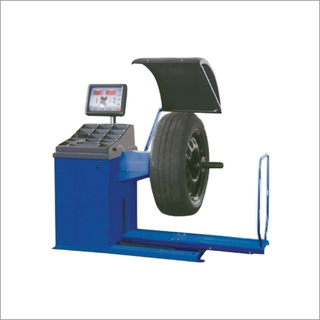 Computerized Wheel Balancer for Trucks & Buses