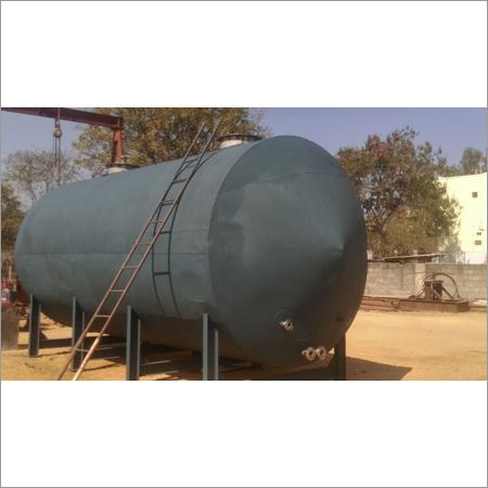Ammonium melt starage tank