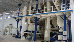 Semi Automatic Cattle Pellet Feed Plant