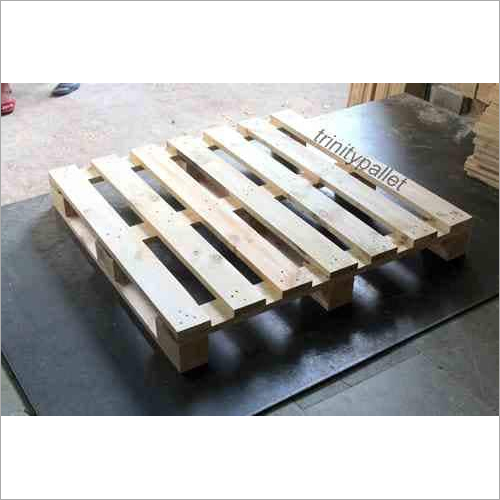 114 x 114 cm, Wooden Pallet