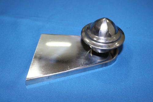 116 - REAR HOUSING COVER WITH PYRAMID NOB