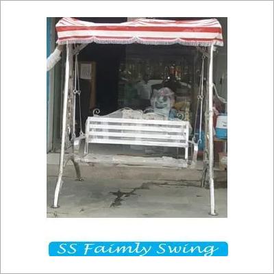 SS Family Swing