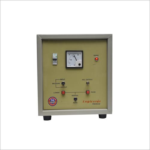 Servo Controlled Voltage Regulator