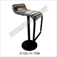 Iron And Wooden Bar Chair On Stand