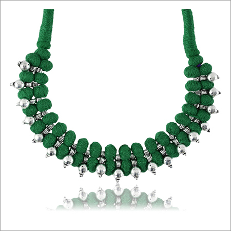 Ladies Trendy Green Fabric Strand Necklace