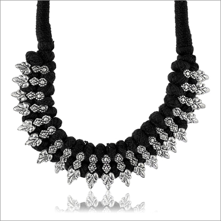 Ladies Trendy Black Fabric Strand Necklace