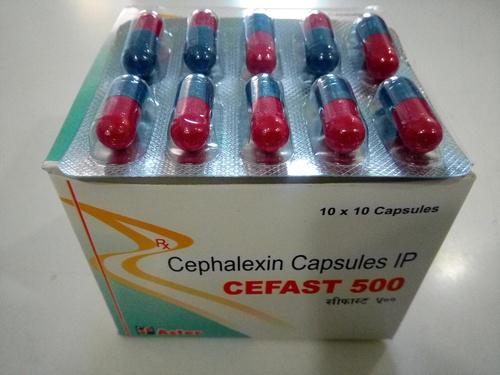 CEFAST 500 Capsules
