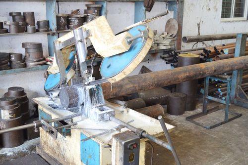 Cutting Steel Round Bar