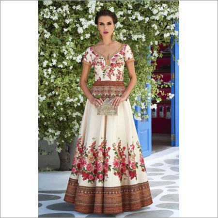 Ladies Traditional Wedding Dresses