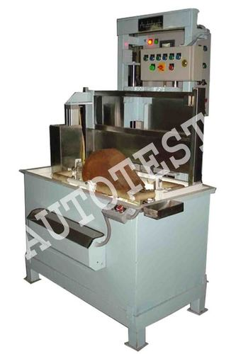 LEAK TESTING MACHINE FOR MOTORCYCLE FUEL TANK