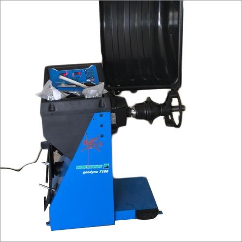 Hofmann Wheel Balancer Machine