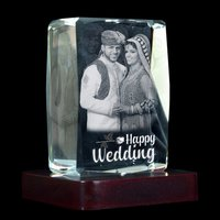 3D CRYSTAL WEDDING GIFT
