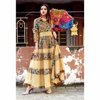 Fashionable Designer Ladies Printed Kurti