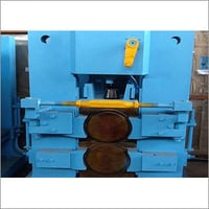 310 MM 2HI Close Type Roller Bearing Stand