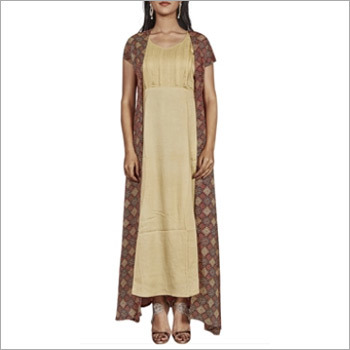 Beige Kurti And Red Shrug