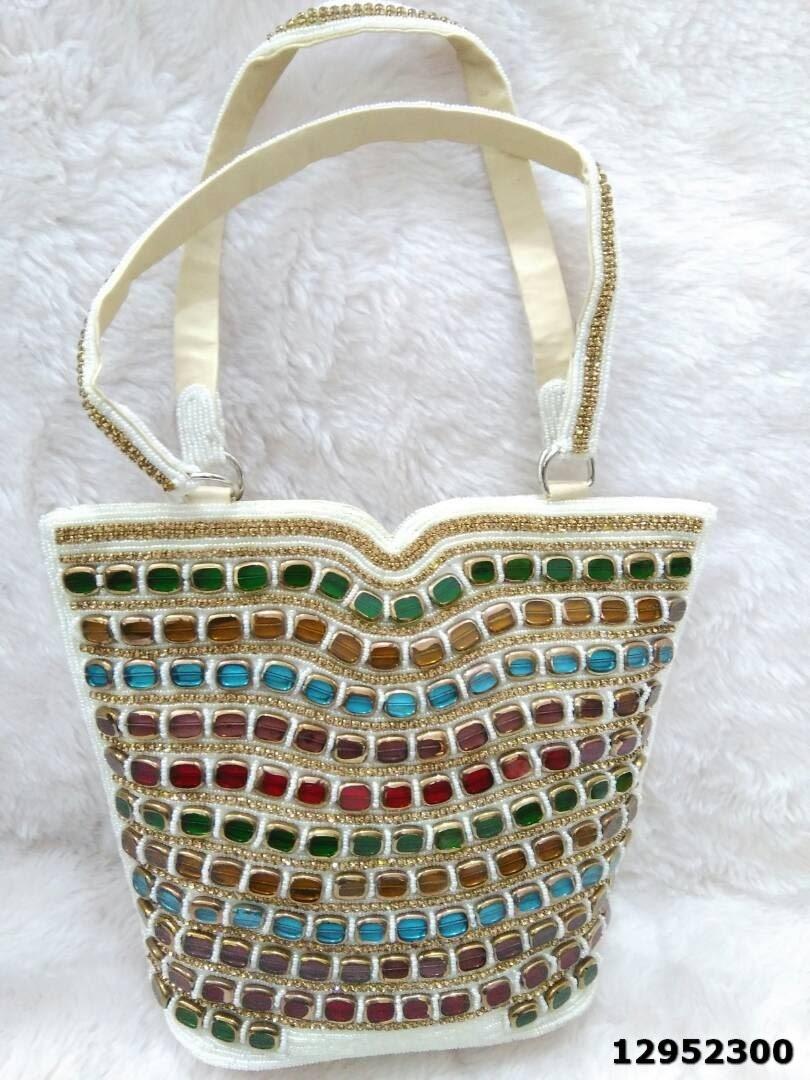 Adorable Beautiful Ladies Handbags