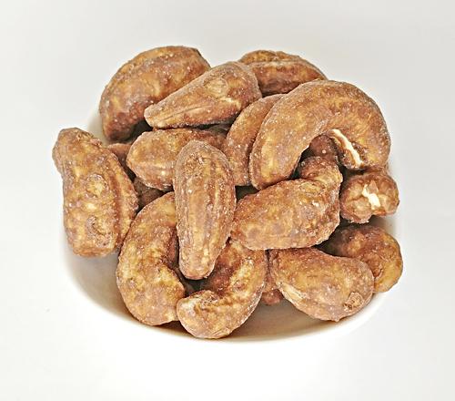 Creamy Chocolate Cashew Nuts