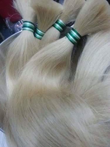 WAVY BLEACHED HAIR