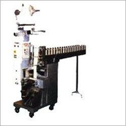 Conveyor Type Packaging Machine