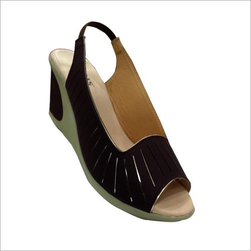 Ladies Peep Toes Designer Sandal