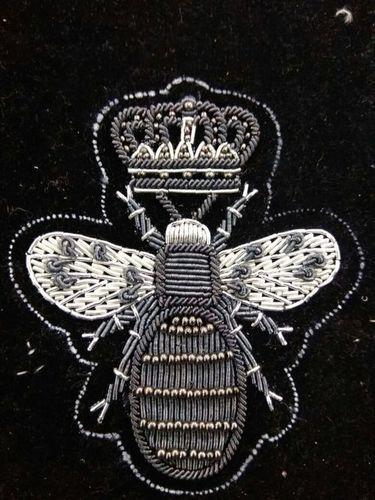 CROWN BEE