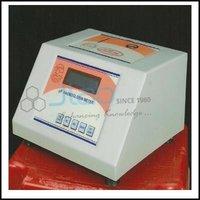 Microprocessor Hemoglobin Meter