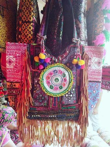 Vintage banjara frangies handbag