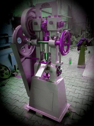 Tablet Compressing Machine