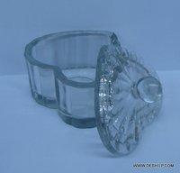 Wholesale Glass Jar with glass lid Storage jar Glass Stylish Heart Shape With glass lid Large