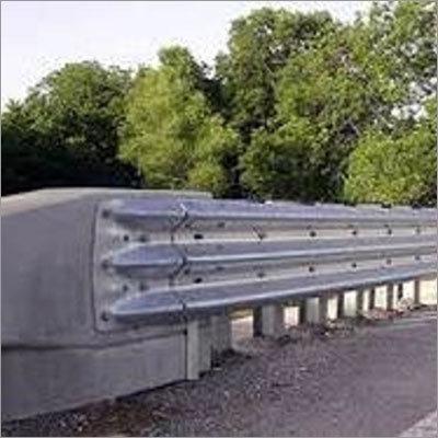 Thrie Metal Beam Crash Barrier