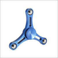 Thin Triangle Metal Spinner (Blue)