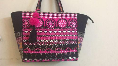 Vintage ladies handbag