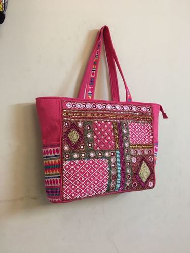 Vintage Flexible Strap Bag