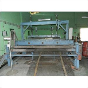 Crimed / Vibrating Screen Weaving Machine