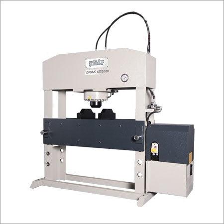 DPM-K Movable Piston Straightening Presses