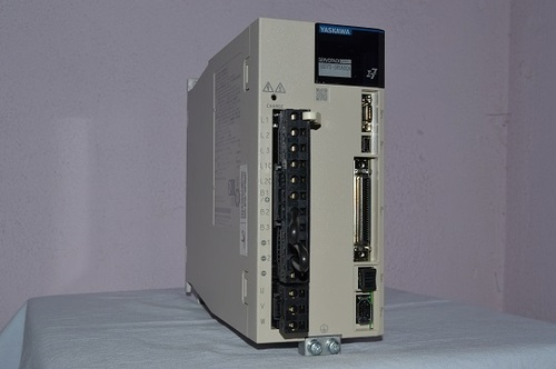 Yaskawa Servo Drive SGD7S-5R5A00A