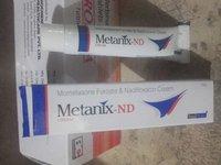 Mometasone Furoate 0.1% W/W + Nadifloxacin 1.0% W/W Cream
