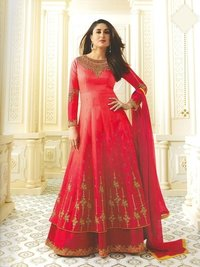 Kareena Kapoor Red Georgette Abaya Style Anarkali Suit