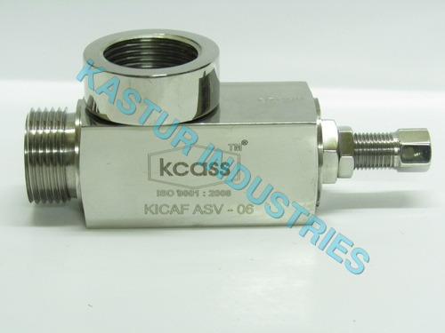 ANGLE TYPE STAINLESS STEEL SAFETY VALVE MALE FEMAL