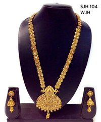 MATT GOLD TEMPLE JEWELLERY NECKLACE SET