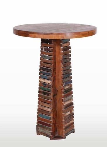Wooden Fancy End Table
