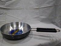 black coating fry pan