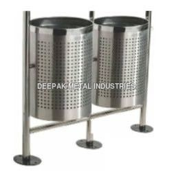 Perforated Pole Hanging Dustbin