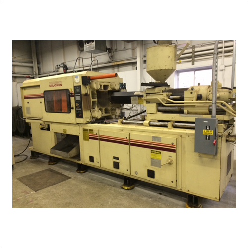 Cincinnati Milacron 220 Tons Plastic Injection Molding Machine