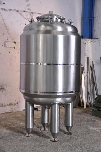 Pharmaceuticals WFI Storage Tank